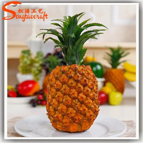 artificial fruit Pineapple for home decoration , makeup from guangzhou factory