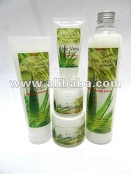 You and I Aloe Vera Skin Gel (With Rice Milk Extract)