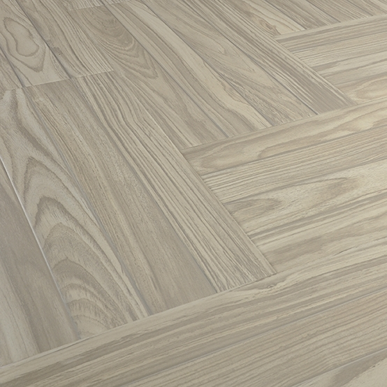 Oak Engineered Real Wood Grain Laminate Flooring 12mm