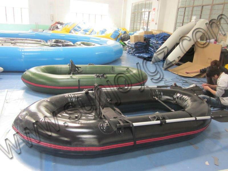 bateaux vendre pas cher d barrasser hypalon bateau. Black Bedroom Furniture Sets. Home Design Ideas