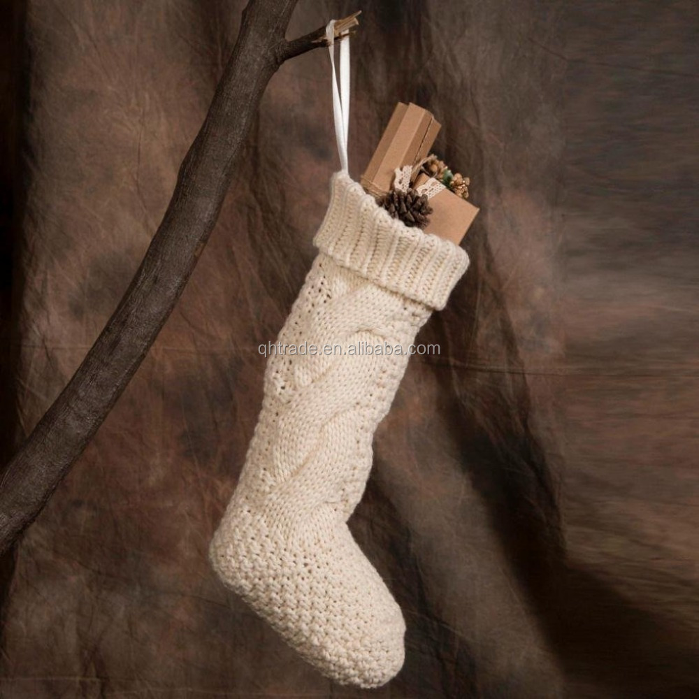 Low MOQ Fashion In Stock 100% Acrylic Cable Knit Christmas Stockings 18""