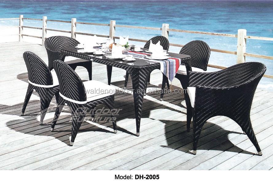 pas cher en rotin restaurant table et chaise dh 9642 lots de meubles plia. Black Bedroom Furniture Sets. Home Design Ideas