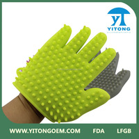 Silicone pet washing glove for dog and cat