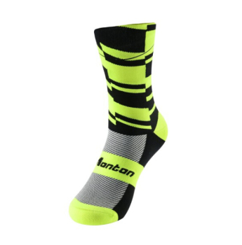2017 High Quality Monton Wicking Neon Coolmax Cycling Socks Wholesale With OEM Service