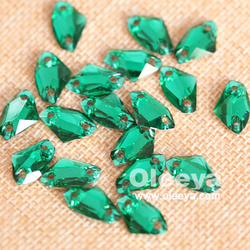 2016 new triangle emerald color 12mm sew on flat back rhinestones for decorations