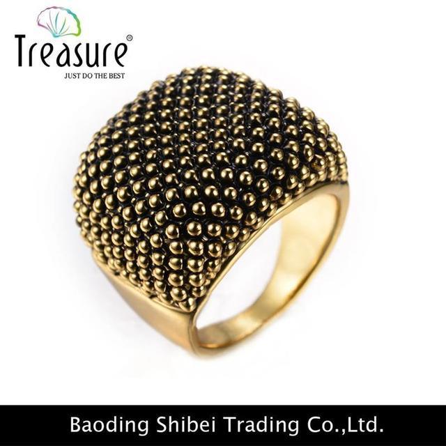 Transparent Gray 22K Gold Indian Jewellery AR01155