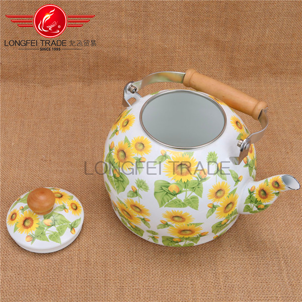 Wholesale 4L Teapot Apple Shape Tea Kettles Cast Iron White Pot Enamel Tea Pot