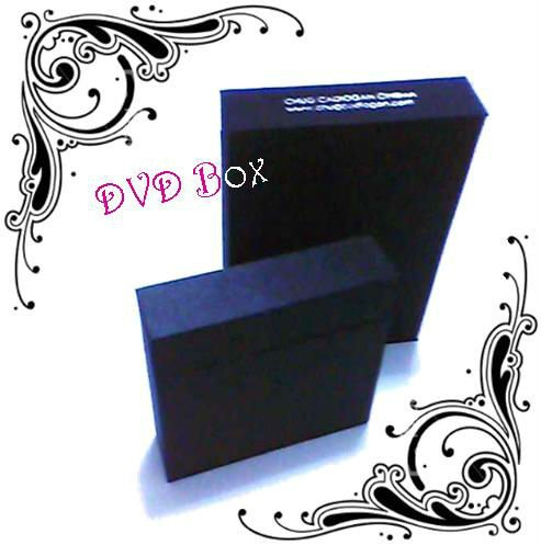 DVD box with lid