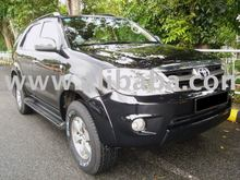 2005 Toyota Fortuner 2.7A, Black Automobiles