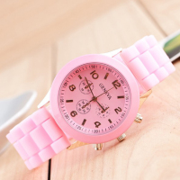 2015 Casual Analog Silicone Band Unisex Geneva Brand Watch