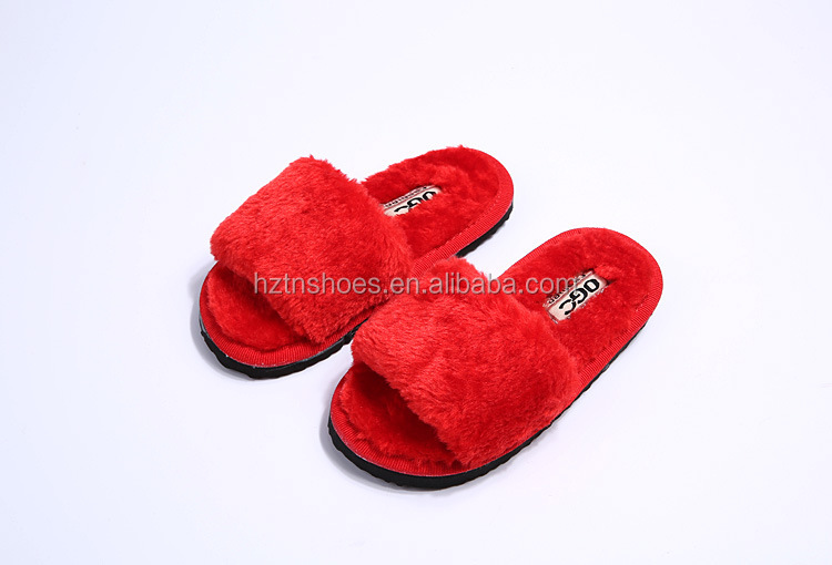 New Model Girls slippers House Shoes Low Price Fancy fur boot Slippers more color