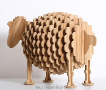 sheep design table decorations