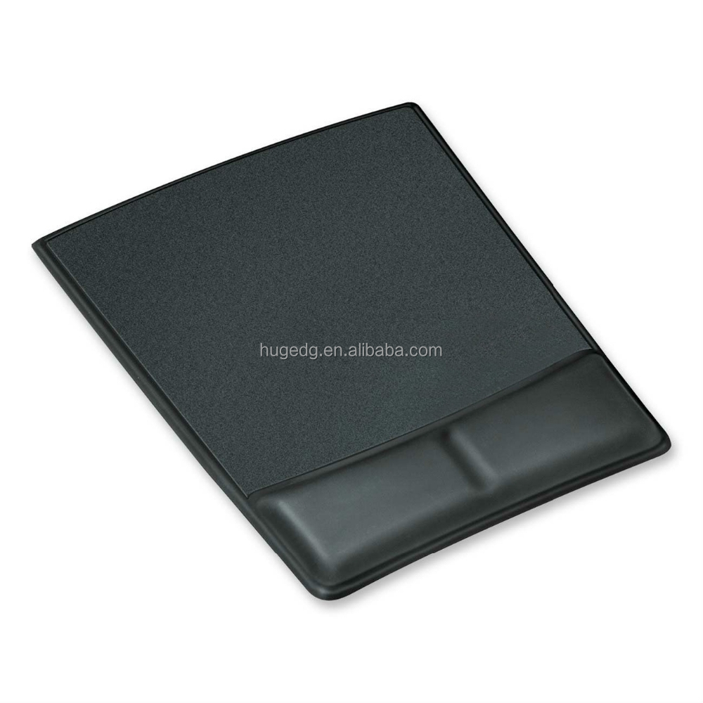 Customized wholesale mouse pad with wrist rest stand