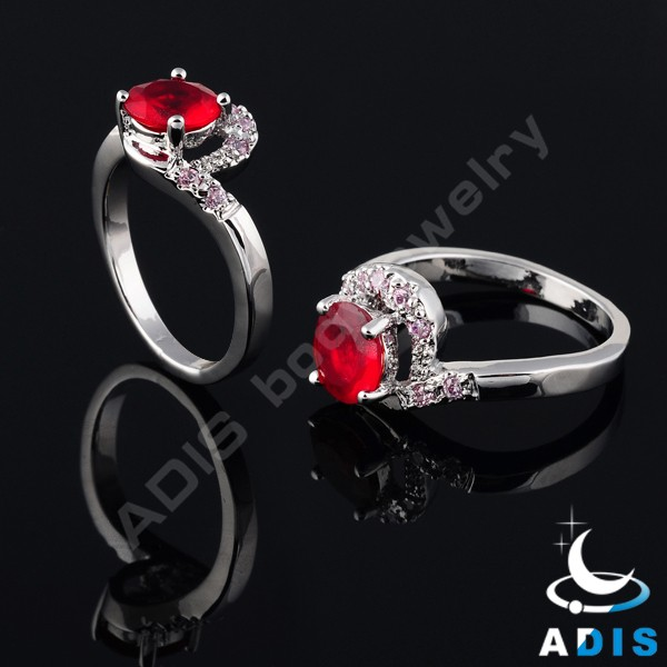 Brass zircon claw wholesale gorgeous fashion rings female fingers