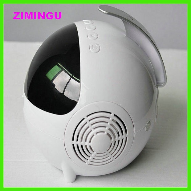 Selling like hotcakes Luminous desktop notebook USB computer speakers 2.0 astronauts mini live sound subwoofer