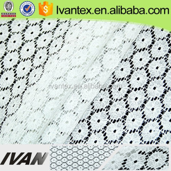 Latest Fashion White Round Flower Design Nylon Cotton Lace Fabric for Lady Dress
