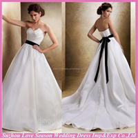 WD1150 White sexy sweetheart neck ruched organza beaded organza ball gown black sash lace latest bridal wedding gowns pictures
