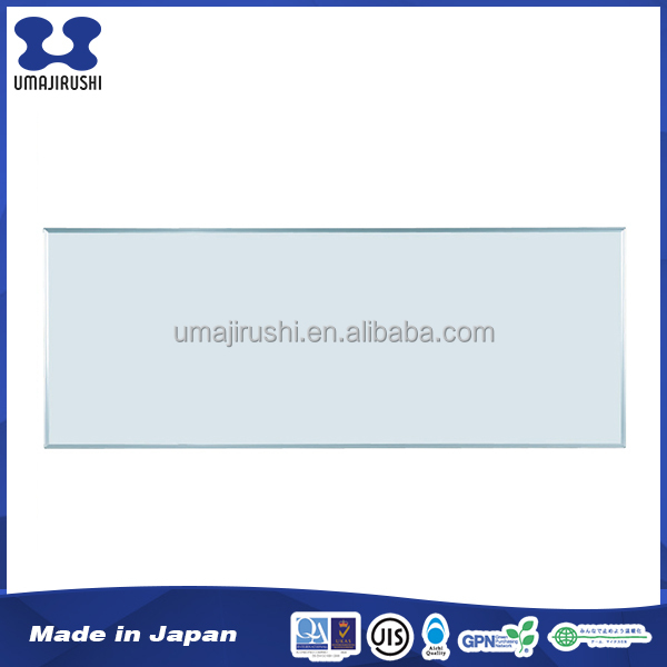 Installation flexibility Easily attached standard size portable whiteboard