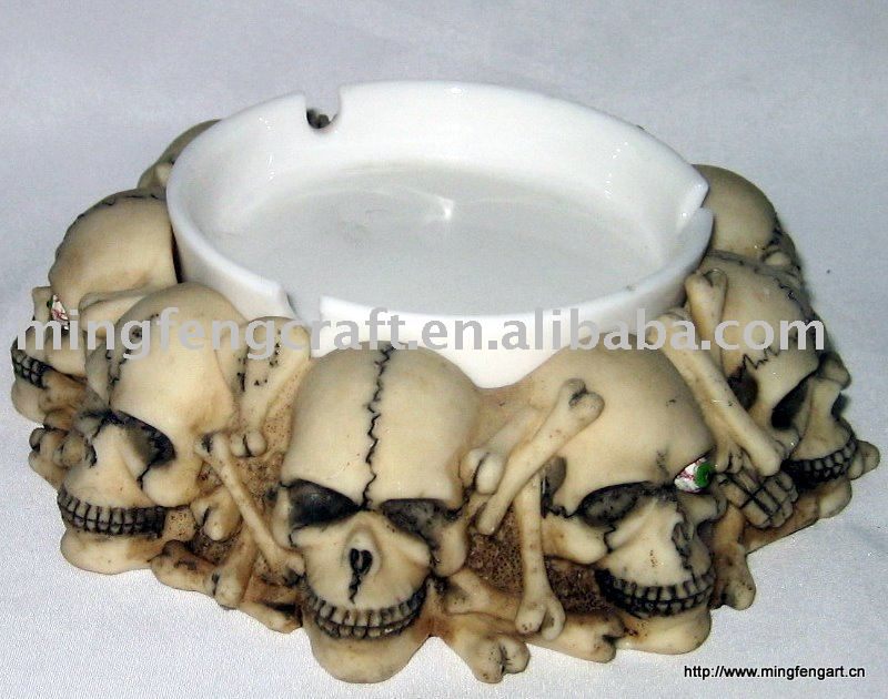 Polyresin Skull Ashtray For House Decoration Craft