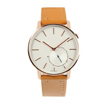 Custom design Genuine leather starp watch vogue perfect watches for men and women.