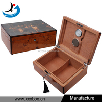 glossy lacquered luxury cigar box wood for cigar storage packaging