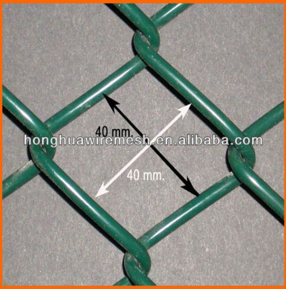 Mesh size 60*60mm rot proof Tennis court chain link wire mesh fence