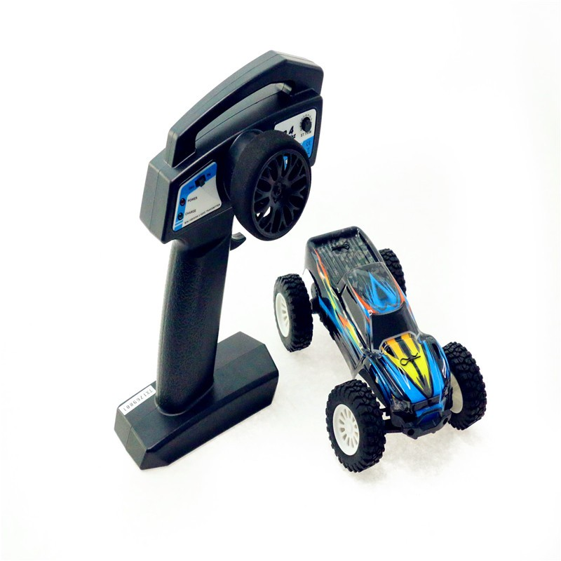 Chinatopwin 2.4 Ghz to pass the proportional to high-speed rc truck toys car