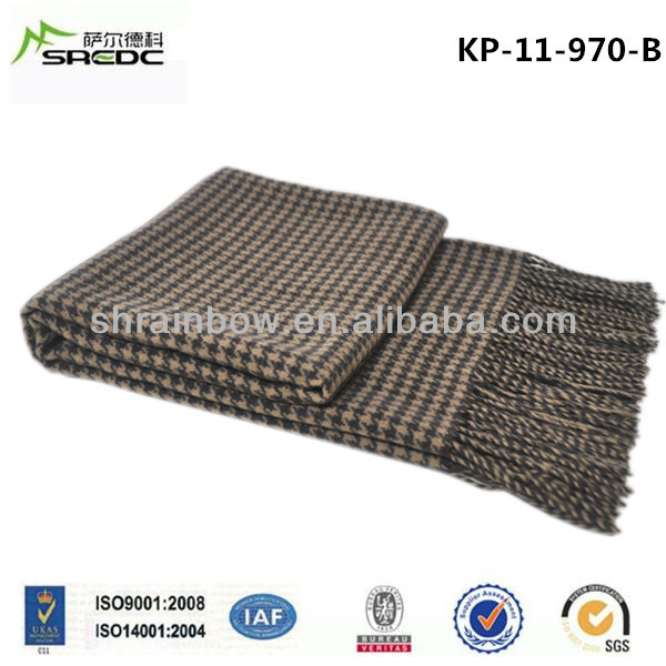 SREDC high quality fashionable houndstooth jacquard 100% wool travel blanket