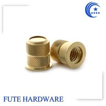 OEM/ODM customized collar head with left-right knurling brass insert nut