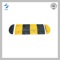 Traffic Safety Road Deceleration Facilities Rubber Speed Hump (LB-J06)