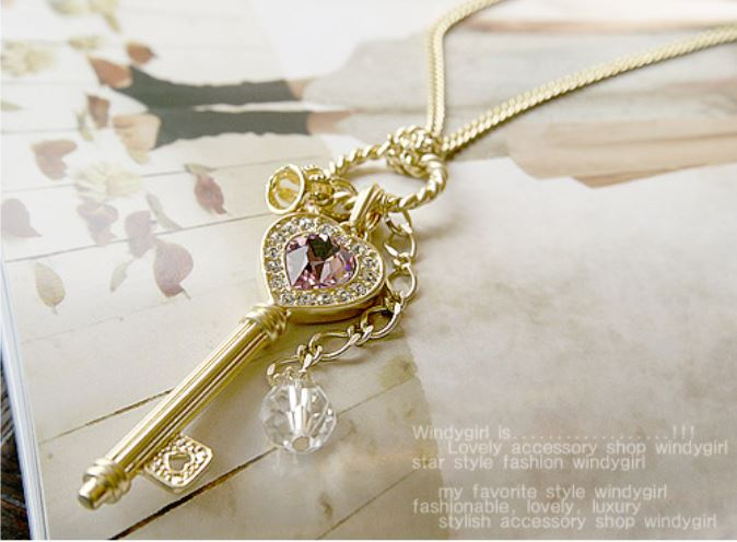 Han amethyst love golden crown key shiny fashion necklaces
