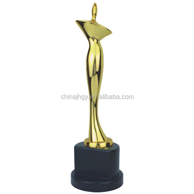 Souvenir Use European Style Custom Metal award cup and trophy