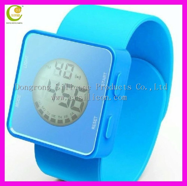 Trendy latest silicone kid slap watch for juniors