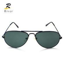 Hot new design stock polarized sun glasses for man woman