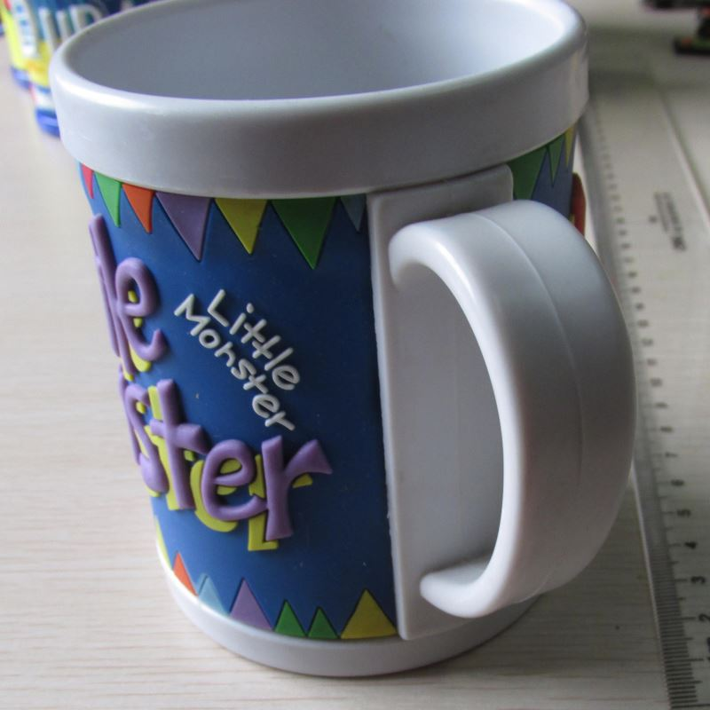 High performance different types 3d pvc cartoon rubber mugs for kids China sale