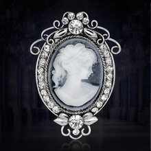 Clear Austria Crystal Rhinestone Vintage Style Fashion Victorian Style Cameo Brooch Lady Scarf Brooch Pins Hot Selling