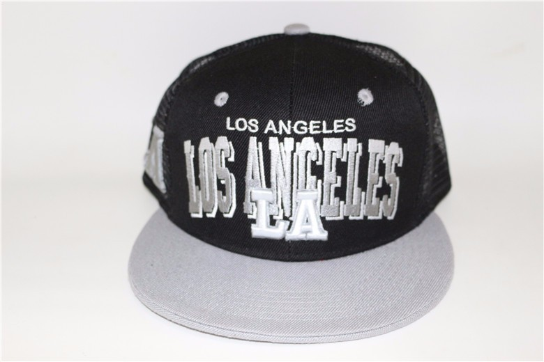 5 panel hat embroidery 100% mesh snapback cap