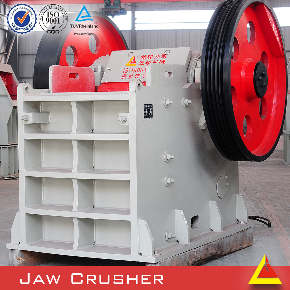 Small Scale Gold Mining Equipment Mobile Rock Crusher For Stone And Ore Crushing