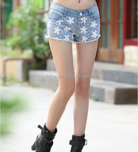 2014 new han edition fashion leisure style lace stitching washed demin short pants