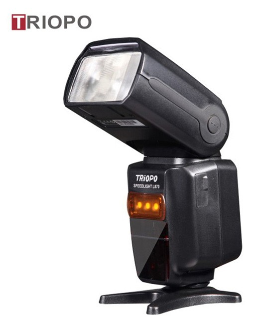 TRIOPO TR-870 camera flash light ,speedlite with lithium battery for outdoor,wireless function ,flash gun