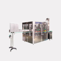 Automatic carbonated soft drink making filling machine / Beverage production line