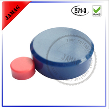 Internal and external thread rubber coated holding magnet