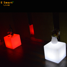 outdoor IP65 Waterproof LED cube decoration lighting with 24 key inforate remote colour changeable