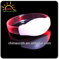 Promotion fashion blink Vibration Controlled LED bracelet for party and Bar