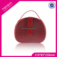 Professional round red color personalized makeup cases