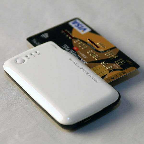 Bluetooth Wireless Credit Magnetic Card Read for Smart Phones - Android/iOS compatible