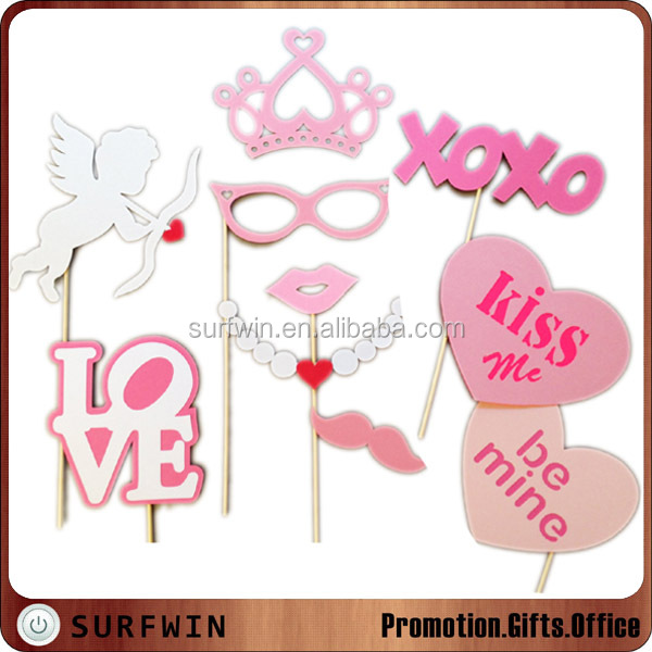 10pcs well assembled Valentine photobooth props