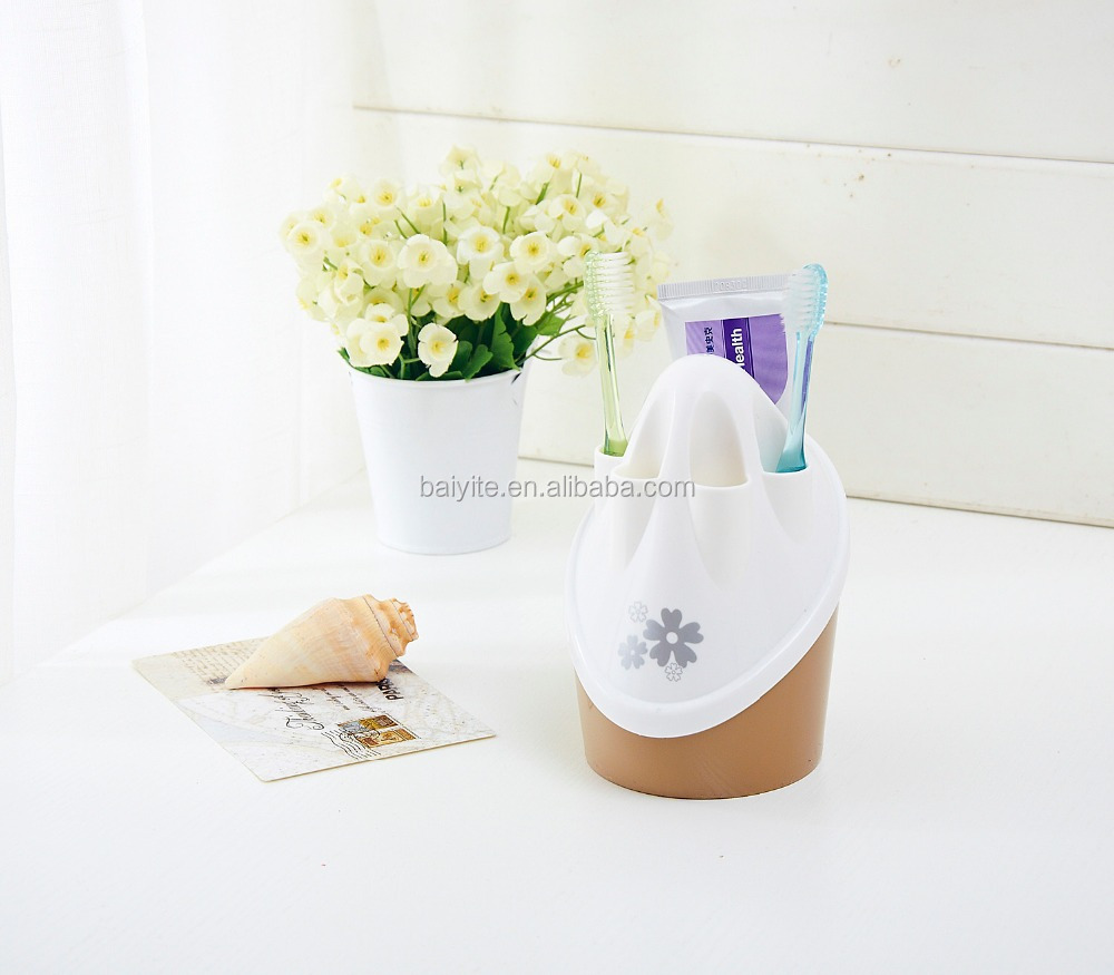 single plastic toothbrush holder with cover