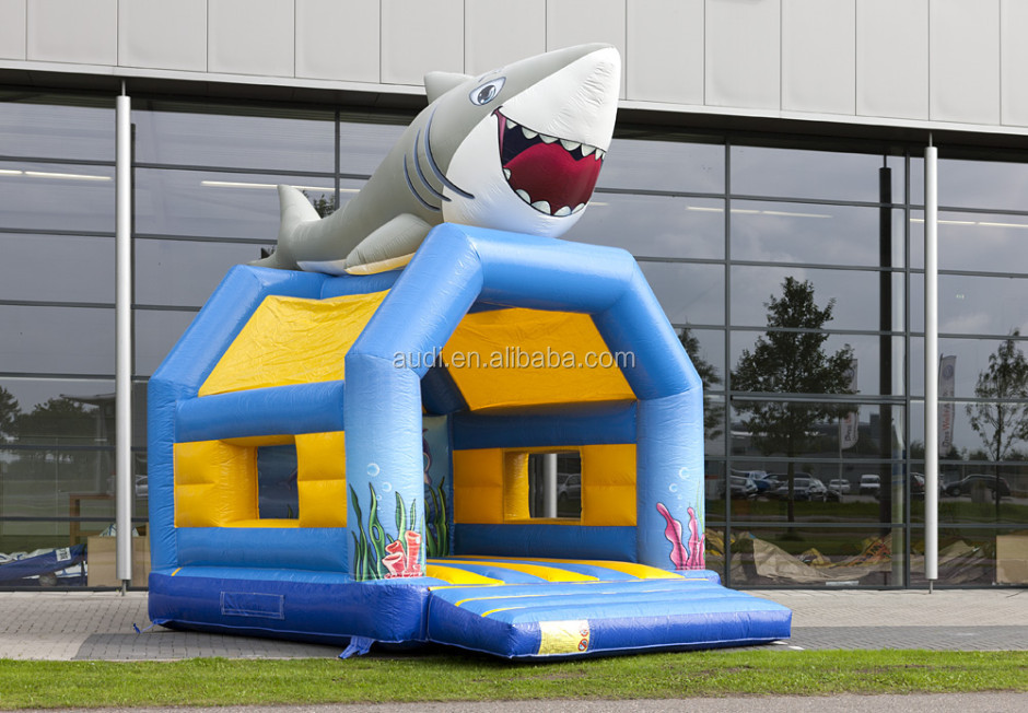 MOONWALK REGULAR SHARK/CHEAP BOUNCE HOUSES