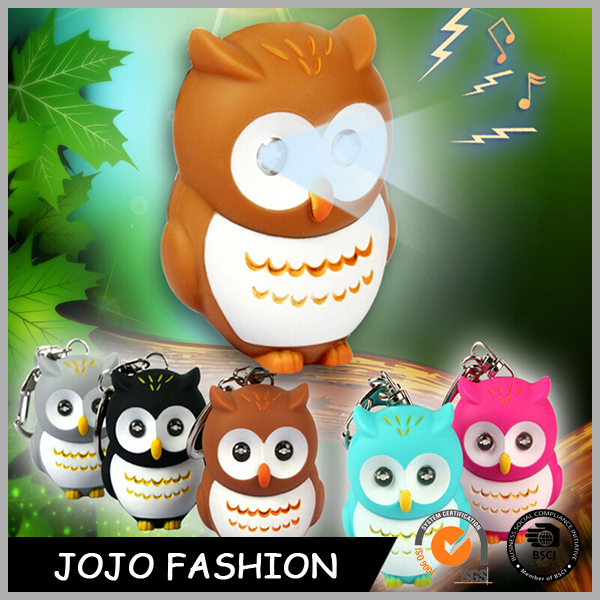 Auto Light Bling Mini Owl Shape ED Light Plastic Keychain